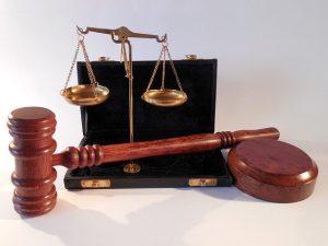 Skuteczny Prawnik w Olsztynie, Adwokat, radca prawny?