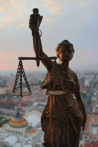 Skuteczny Prawnik w Olsztynie, Adwokat czy radca prawny?